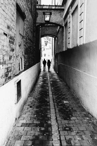 MF- alleyway