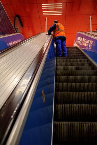 MF- escalator