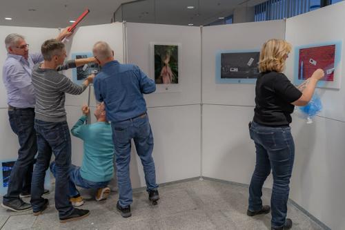 Aufbauarbeiten am 9.11.2018 bei der Sparkasse Landshut Bild 3