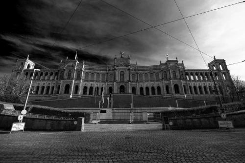 Bayerischer Landtag 01 sw