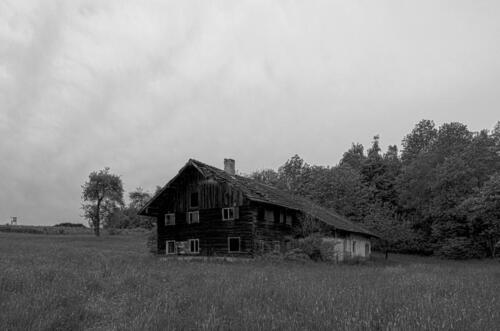 altes-Bauernhaus 01 hdr sw-hans